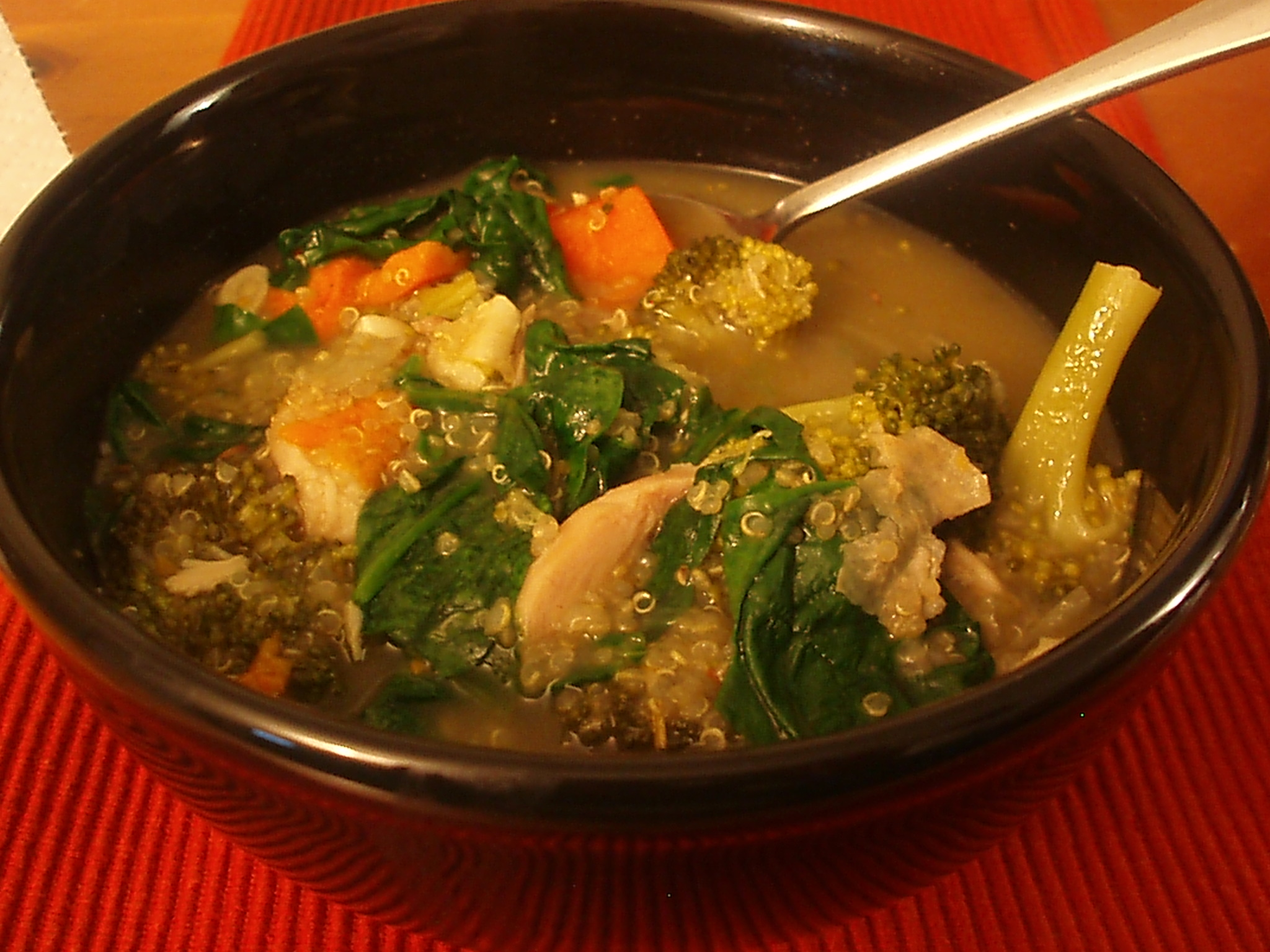 spinach soup with broccoli and quinoa